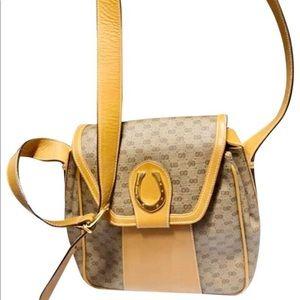 💯Authentic Gucci Vintage GG Supreme RARE Design💝